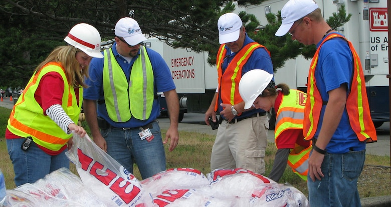 Charleston District teams up with other Corps districts to train for emergency operations response.