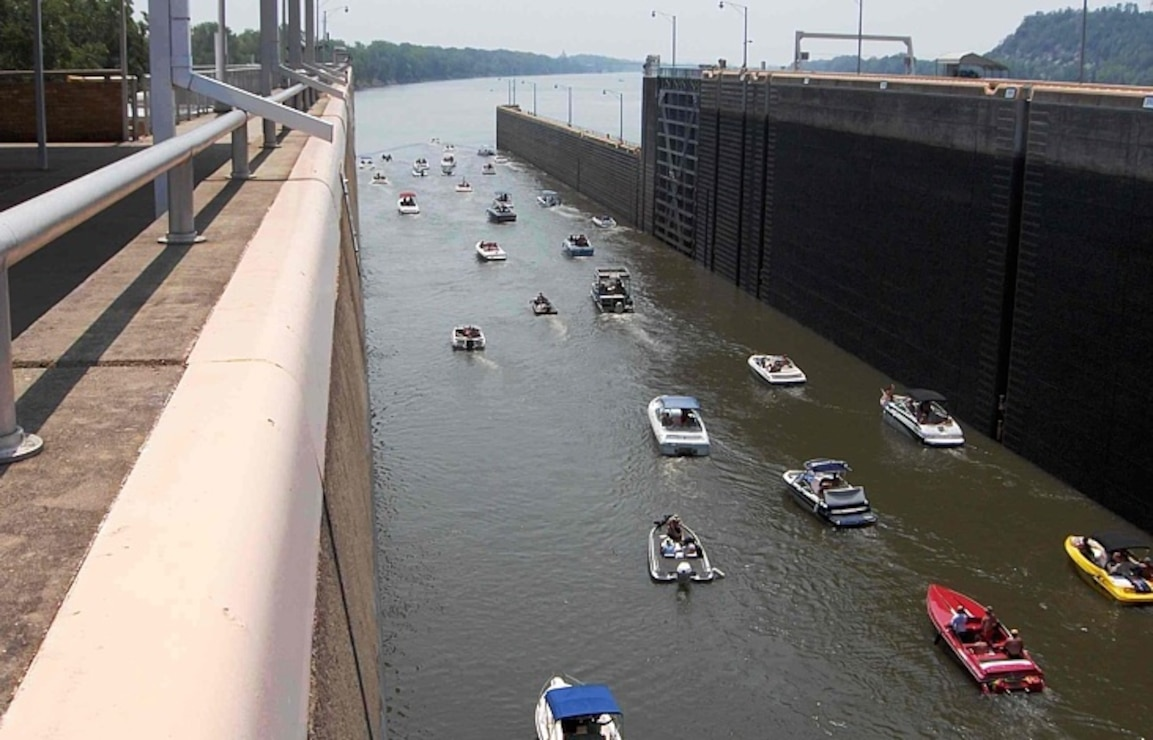 Dardenelle Lock and Dam, ArkansasRiver