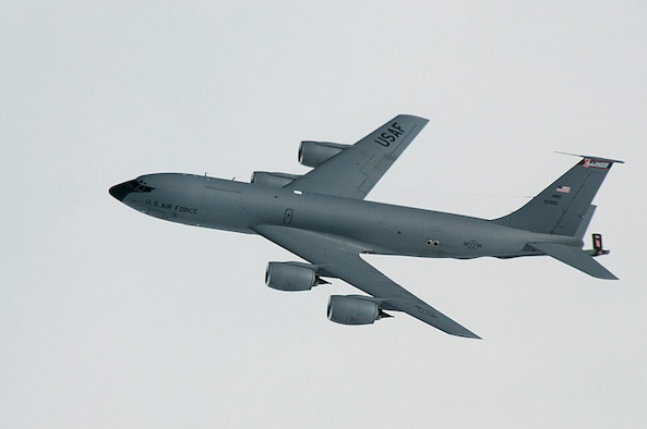 A KC-135R Stratotanker from the 126th Air Refueling Wing, located at Scott AFB, Ill. returns home after a successful aerial refueling mission. The 126 ARW is the only aerial refueling Wing in the Illinois Air National Guard and routinely practices its mission with U.S. Armed Forces and NATO allied aircraft to maintain a high state of readiness. (National Guard photo by Master Sgt. Ken Stephens/Released)