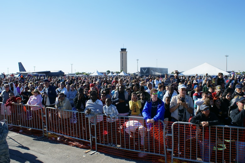 Spectators during Homestead Air Reserve Base's 2010 air show, Wings Over Homestead. (U.S. Air Force photo/Staff Sgt. Lou Burton)