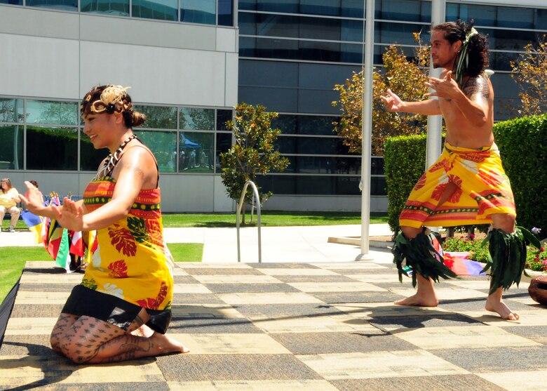 Members of Tasala Polynesia perform during SMC's annual Diversity Day, Aug. 15. (Photo by Jim Gordon)