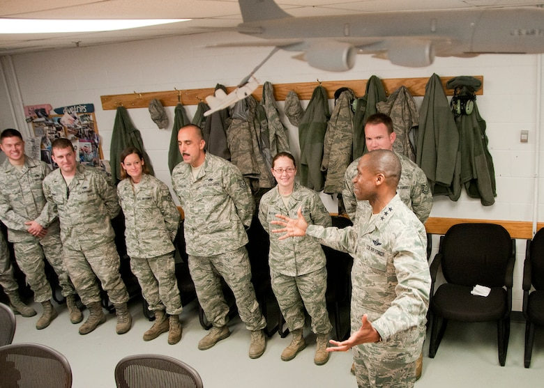 PEASE AIR NATIONAL GUARD BASE, Mass. -- Lt. Gen. Darren McDew, 18th Air Force commander, speaks with members of the 157th Maintenance Group during a visit to base Dec. 4. The general visited here to meet with Airmen and see first-hand the impact Total Force Integration is having on the mission of the New Hampshire Air National Guard. (National Guard photo by Tech. Sgt. Mark Wyatt/RELEASED)
