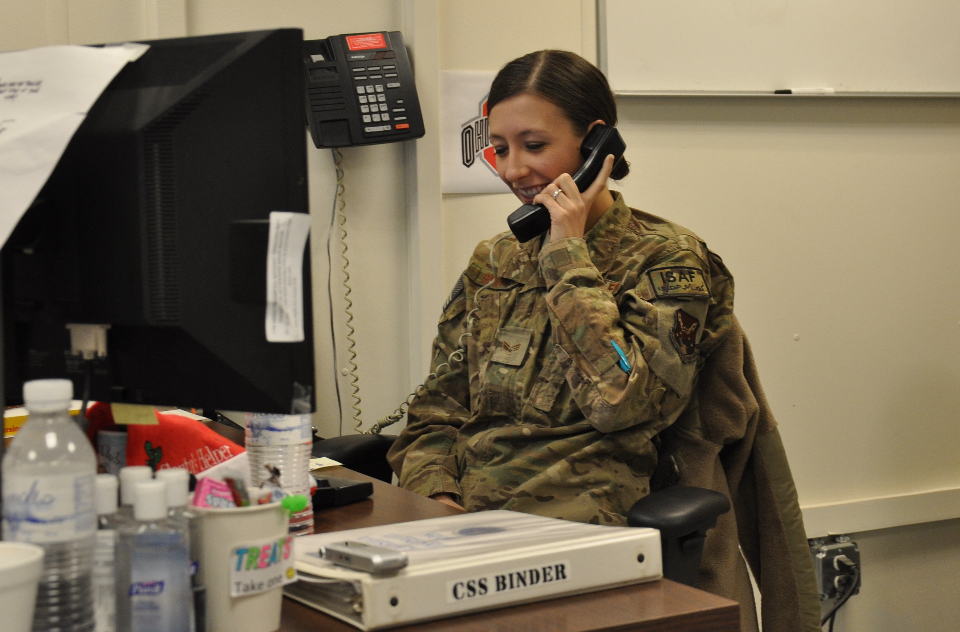 Deployed Airman receives Christmas phone call from President Obama ...