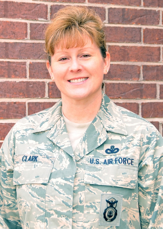 Chief Master Sgt. Laura Clark of the 131st Bomb Wing, Missouri Air National Guard, at Lambert Field and Whiteman AFB, assumes the role of state command chief master sergeant for the Missouri National Guard.  Clark, the Missouri National Guard's first female state command chief, resides in O'Fallon, MO (Photo by Senior Master Sgt, Mary-Dale Amison)
