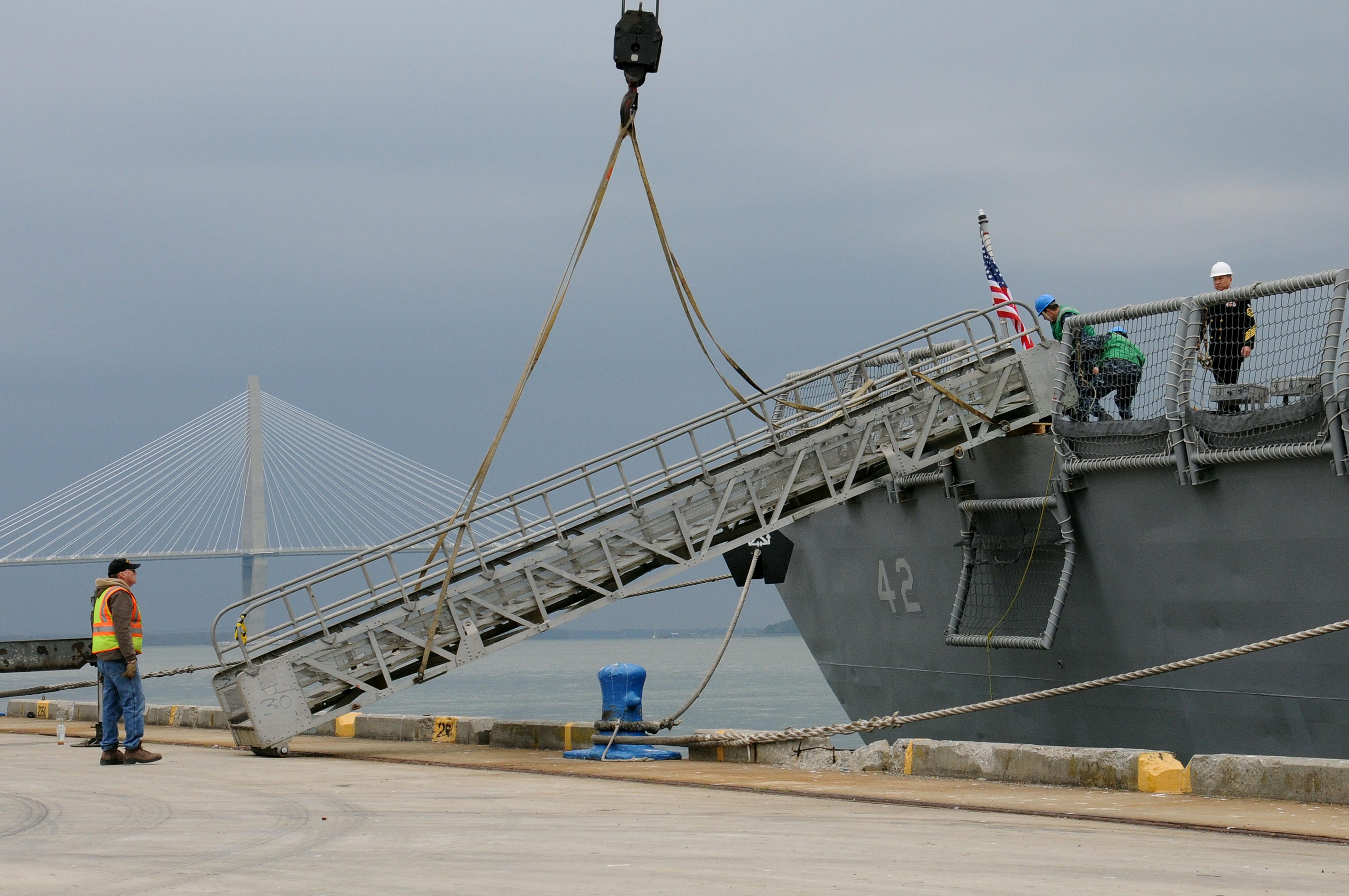 USS Klakring Visits Charleston Gt Joint Base Charleston