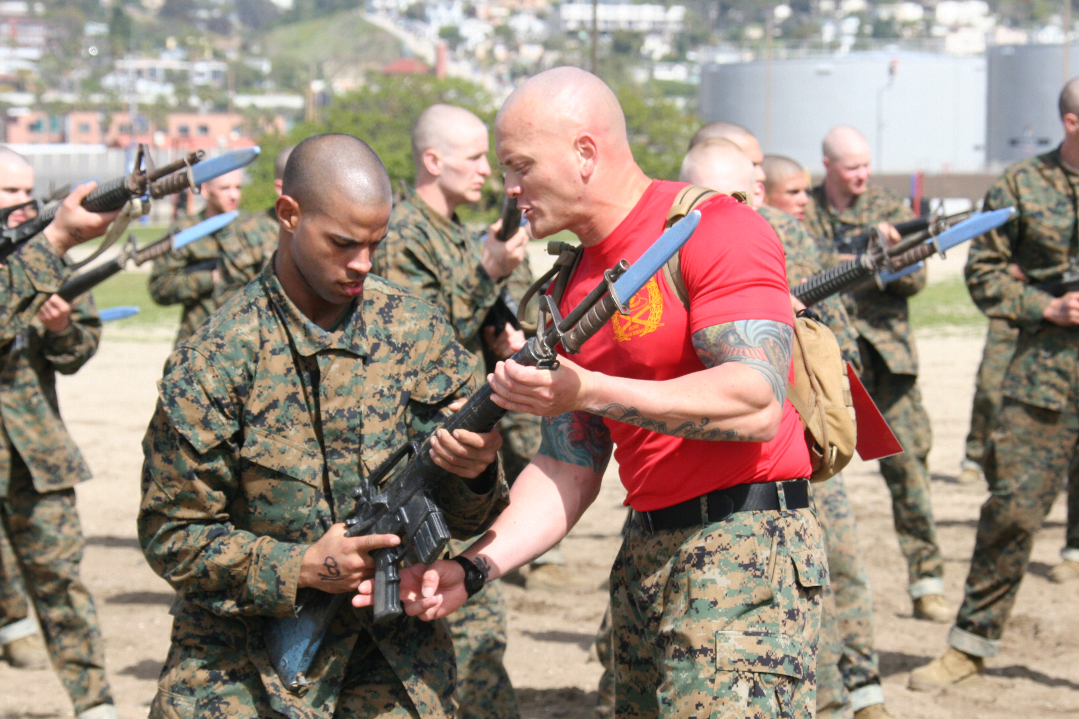 Company B recruits learn bayonet techniques > Marine Corps ...