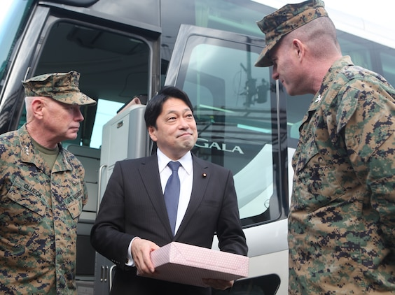 Rep. Itsunori Onodera of Miyagi Prefecture, senior vice minister of foreign affairs (center), speaks about the relief efforts of the 31st Marine Expeditionary Unit with Lt. Gen. Kenneth J. Glueck, commanding general, III Marine Expeditionary Force and Col. Andrew R. MacMannis, commanding officer, 31st MEU, during a visit by III Marine Expeditionary Force leadership here Jan. 12.  The visit was conducted to review community recovery progress since Operation Tomodachi and to discuss potential humanitarian assistance and disaster relief capabilities to better prepare for future support requirements.  During the visit, members of the 31st MEU were able to revisit the areas where they helped in recovery efforts ten months earlier. The 31st MEU is the only continually forward deployed MEU, and remains America's force in readiness in the Asia-Pacific region.