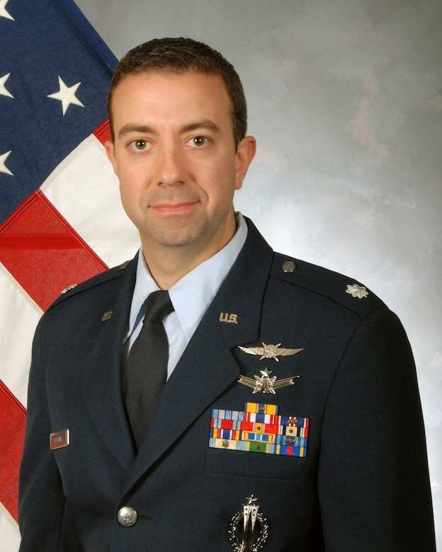 Official portrait of Lt. Col. Geno Rapone.