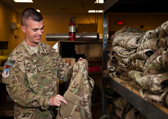 First Shirt Recycles Ocps For Bagram Airmen Gt U S Air