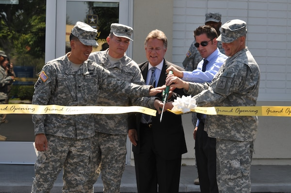 Col. Mark Toy, Los Angeles District commander, Lt. Col Robert Blankenship, L.A. Recruiting Battalion commander, Bob Huber, City of Simi Valley mayor, J.D. Kennedy, office of Rep. Buck McKeon, and Capt. Jeffrey Warstler, company commander, cut the ribbon ceremonially opening the Los Angeles Recruiting Battalion's newest station in Simi Valley, Calif., June 20.  The Los Angeles District manages more than 250 recruiting station leases throughout Southern California, Arizona and Nevada, as part of the Department of Defense Recruiting Facilities Program.