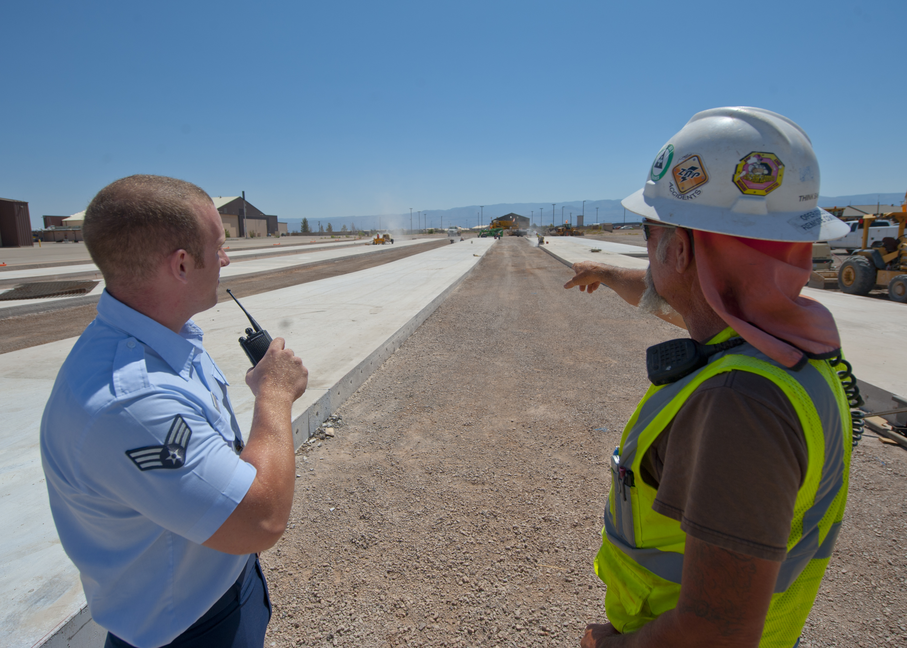 Airfield management: ready for anything > Holloman Air Force Base ...