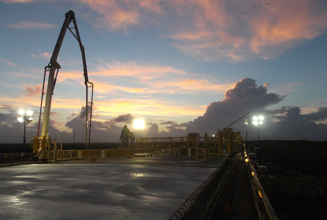FLORIDA — The U.S. Army Corps of Engineers Jacksonville District reached a major milestone for the Tamiami Trail Modifications project shortly after midnight, July 13, 2012, as the first concrete pour on the bridge deck was completed.