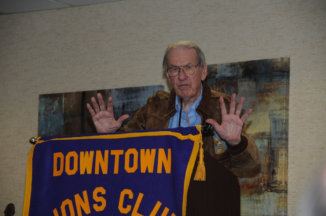 SIOUX FALLS, S.D. - United States Air Force Lt. Col. Wendell Hanson (Ret.) describes his final mission in the China Burma India Theater during World War II, to the Downtown Lions Club members here, 17 July.  Hanson was asked to speak at the luncheon alongside the crew of a Mitchell B-25 that is in town for the Sioux Falls Airshow 2012.  The B-25 and several other historical and modern aircraft will be on display during the ai show 21 and 22 July. (National Guard photo by Tech. Sgt. Quinton Young)(Released)