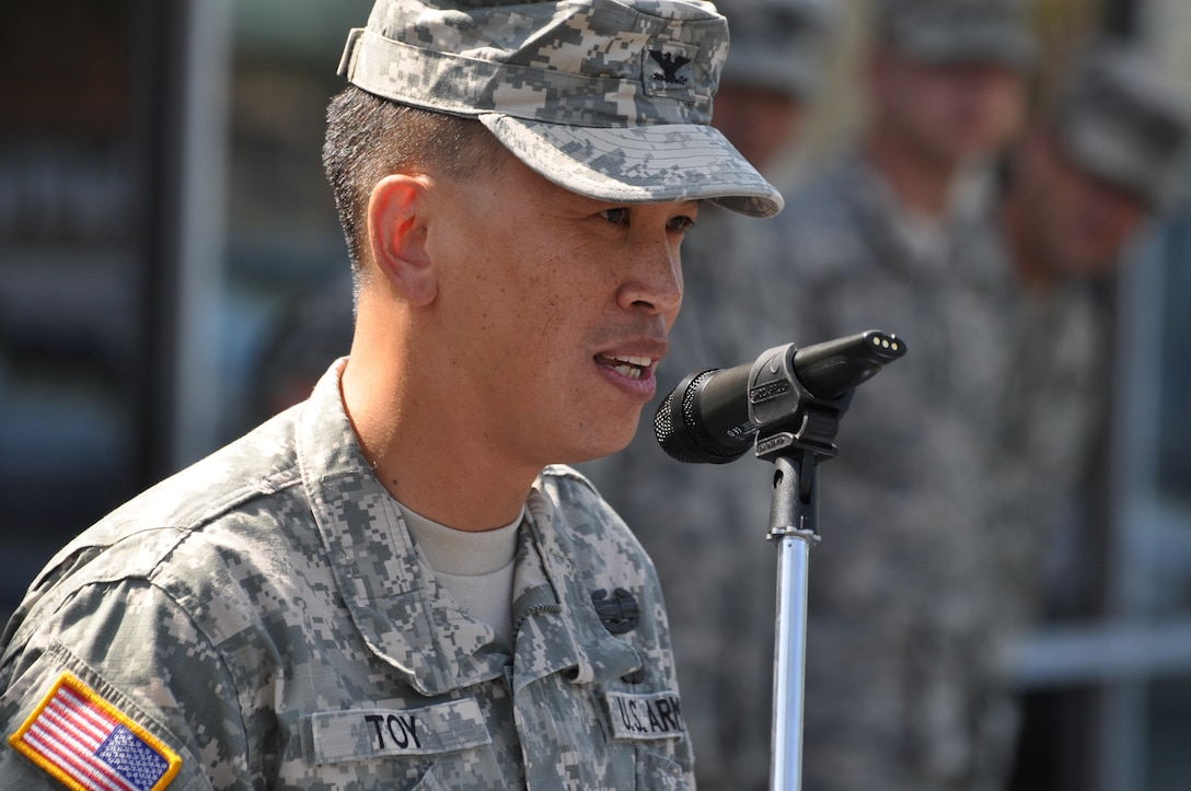 """SIMI VALLEY, Calif. — Col. Mark Toy, commander of the U.S. Army Corps of Engineers Los Angeles District, addresses future Soldiers, families, friends, local dignitaries and veterans during the grand opening of the Los Angeles Recruiting Battalion's newest recruiting station here, June 20. Toy shared some thoughts on leadership that culminated with his District's motto, """"Building Strong and Taking Care of People!"""""""
