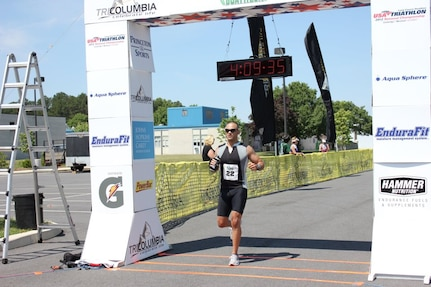 "Air Force TSgt. David ""De Fierro"" Perez, elite endurance athlete and professional fighter, will represent the USA in the Duathlon World Championship set to take place Sept. 2. Perez is a Vehicle Management and Analysis craftsman at Fort Meade, Md(courtesy photo)"