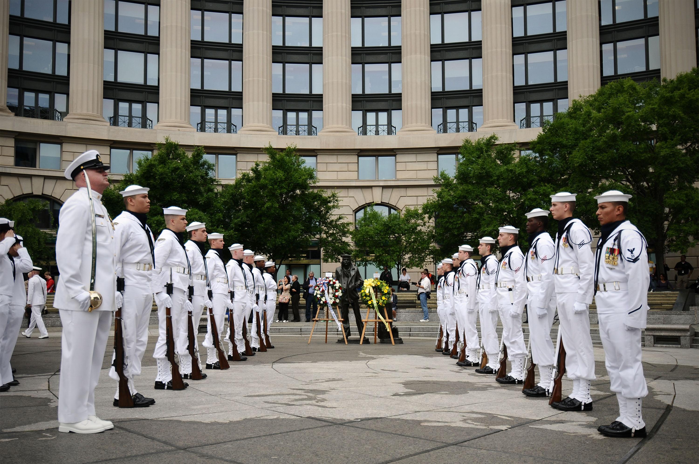 Us Department Of Defense Photos Photo Gallery - Us-navy-ceremonial-guard