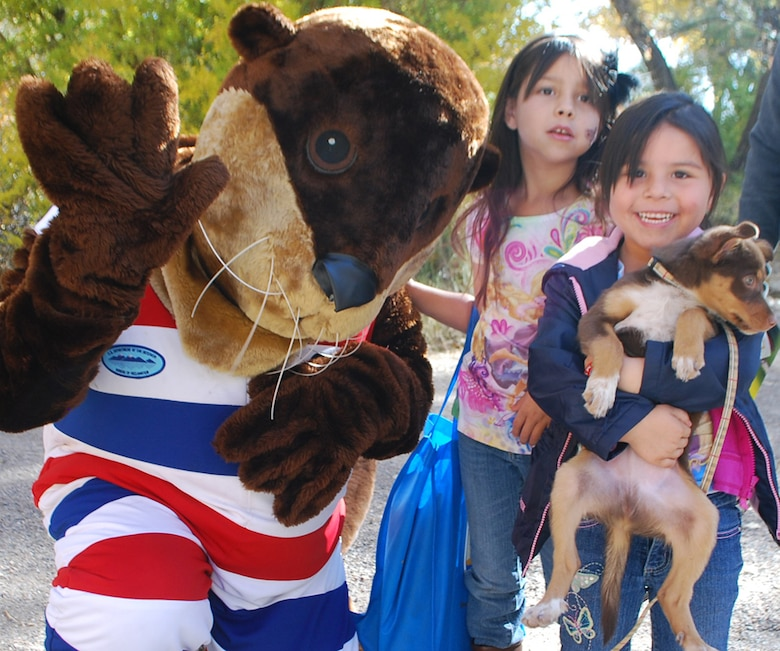 Otto the Otter from U.S. Bureau of Reclamation welcomed families to the Rio Grande Nature Center as part of the anniversary celebration.