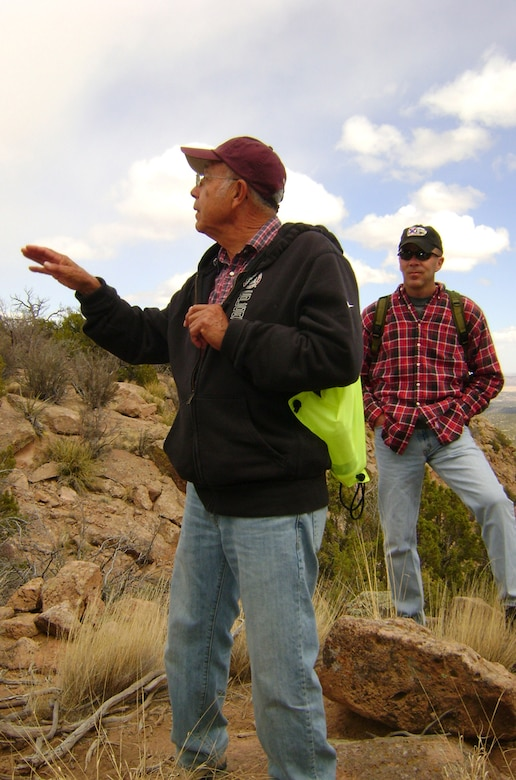 Dr. Joseph Henry Suina, the course facilitator, explains how life was for his ancestors living on Potrero Viejo, a mesa where his people made one of their final stands against the Spanish.