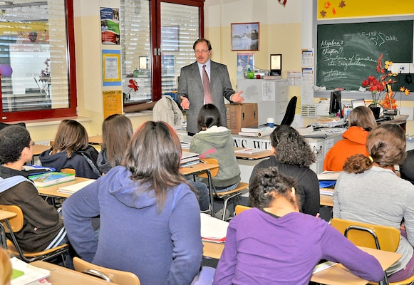 WIESBADEN, Germany — Ben Jones, an architect with the U.S. Army Corps of Engineers Europe District, talks about his profession with math students at Wiesbaden Middle School Feb. 23, 2012.
