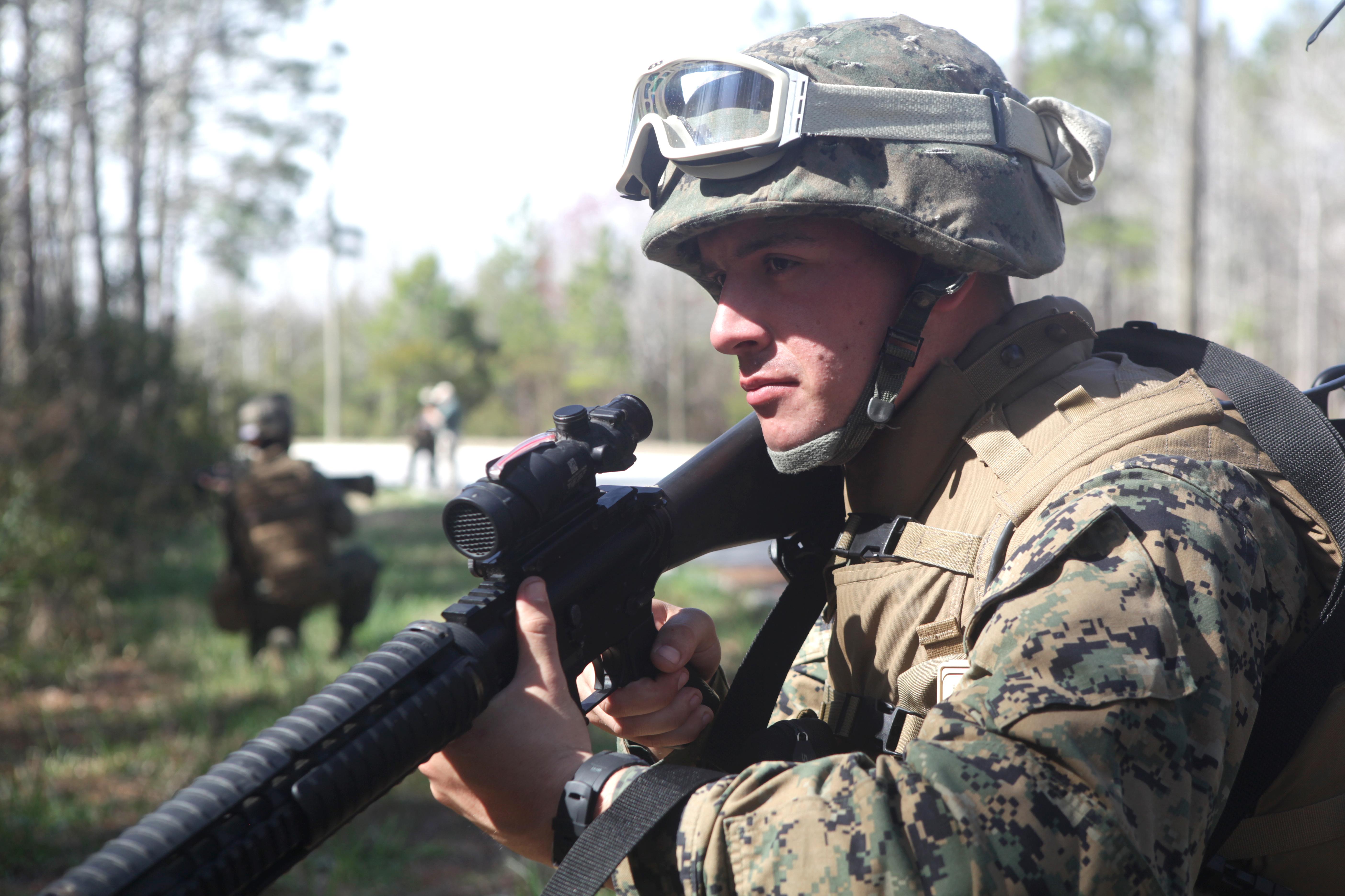 Intelligence Gets Street Smart Marines With 2nd Intel Bn Run - Usmc-counter-intel