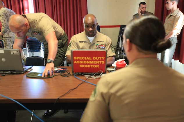 Marine Corps Embassy Security Group screens Pendleton Marines ...