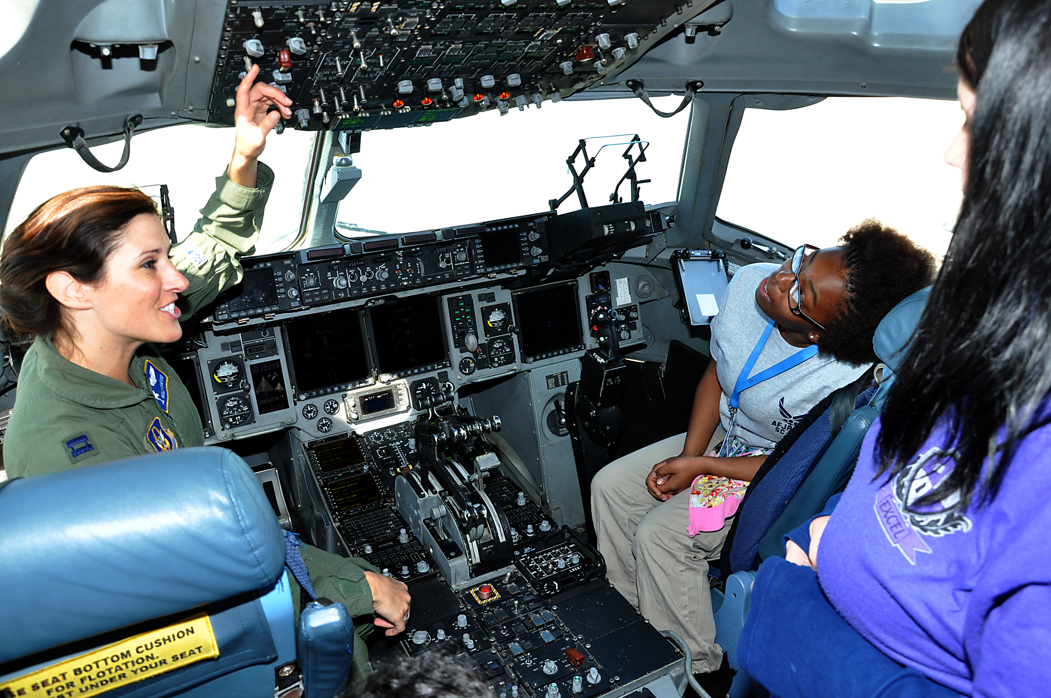 Charleston-area school girls attend Women in Aviation ...