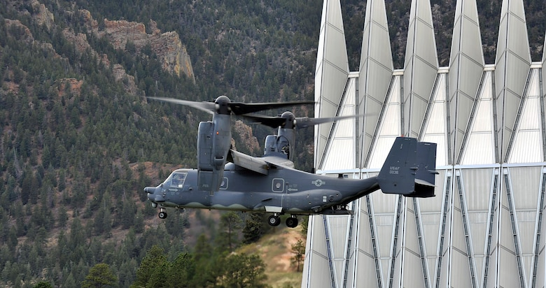 A CV-22 Osprey with the 20th Special Operations Squadron at Cannon Air Force Base, N.M., descends on the Air Force Academy Cadet Area during the Academy's Polaris Warrior event April 28, 2012. Polaris Warrior combined several military training challenges designed to reinforce skills that cadets may need in the field. (U.S. Air Force photo/Raymond McCoy)