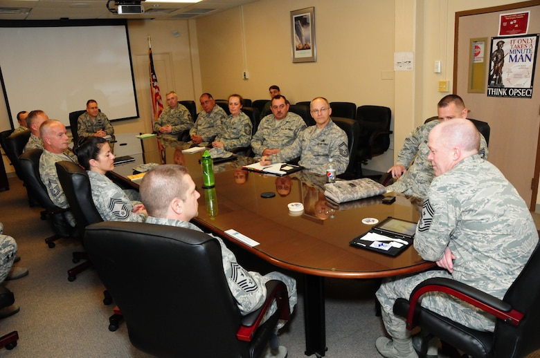 Chief Master Sgt. Christopher Muncy visited the 107th Airlift Wing and spoke with senior enlisted leadership on May 9, 2012 (Air Force Photo/Senior Master Sgt. Ray Lloyd)