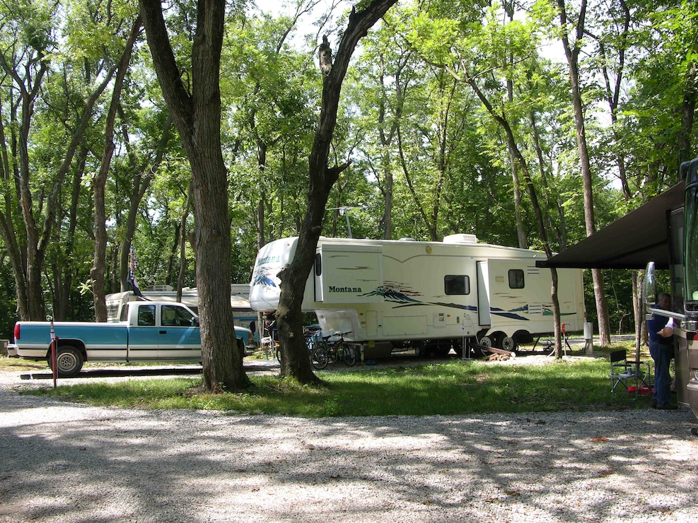 Campers at Roberts Creek County Park