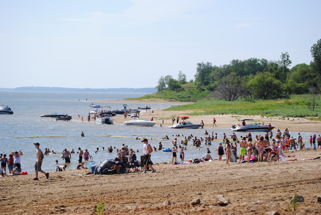 Boats and beach users at North Overlook Beach