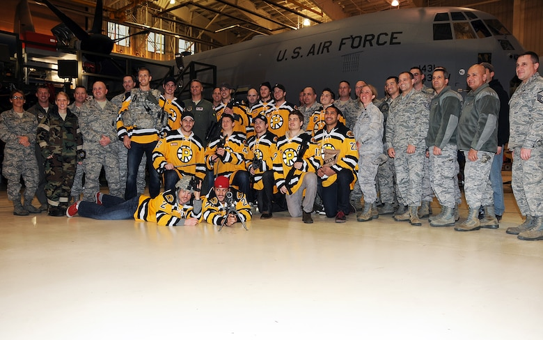 Players and Staff Members from the Providence Bruins and Staff Members from the Boston Bruins visited the Rhode Island National Guard at the 143d Airlift Wing, Quonset Air National Guard Base, North Kingstown, Rhode Island. National Guard Photo by Master Sgt. Janeen Miller (RELEASED)