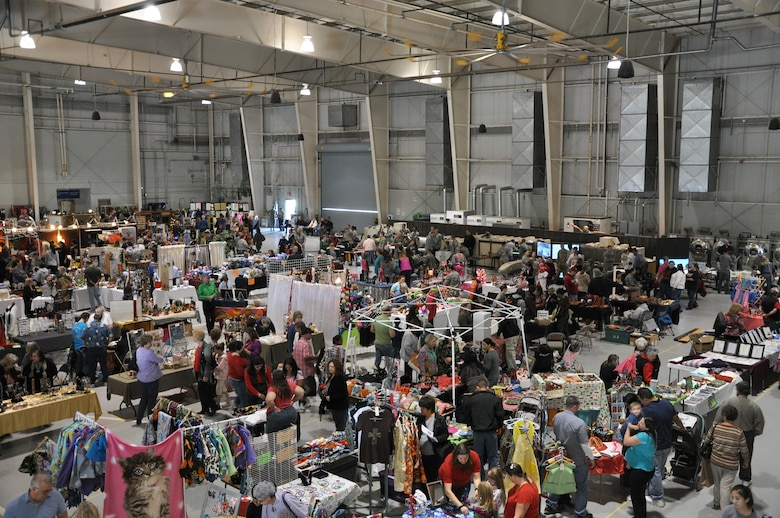 GOODFELLOW AIR FORCE BASE, Texas- Community Appreciation Day and 32nd Annual Santa's Market were held at the Louis F. Garland Fire Academy here Nov. 17. Santa's Market featured over 170 vendors from the surrounding area and was open to the public for free. (U.S. Air Force photo/ Airman 1st Class Erica Rodriguez)
