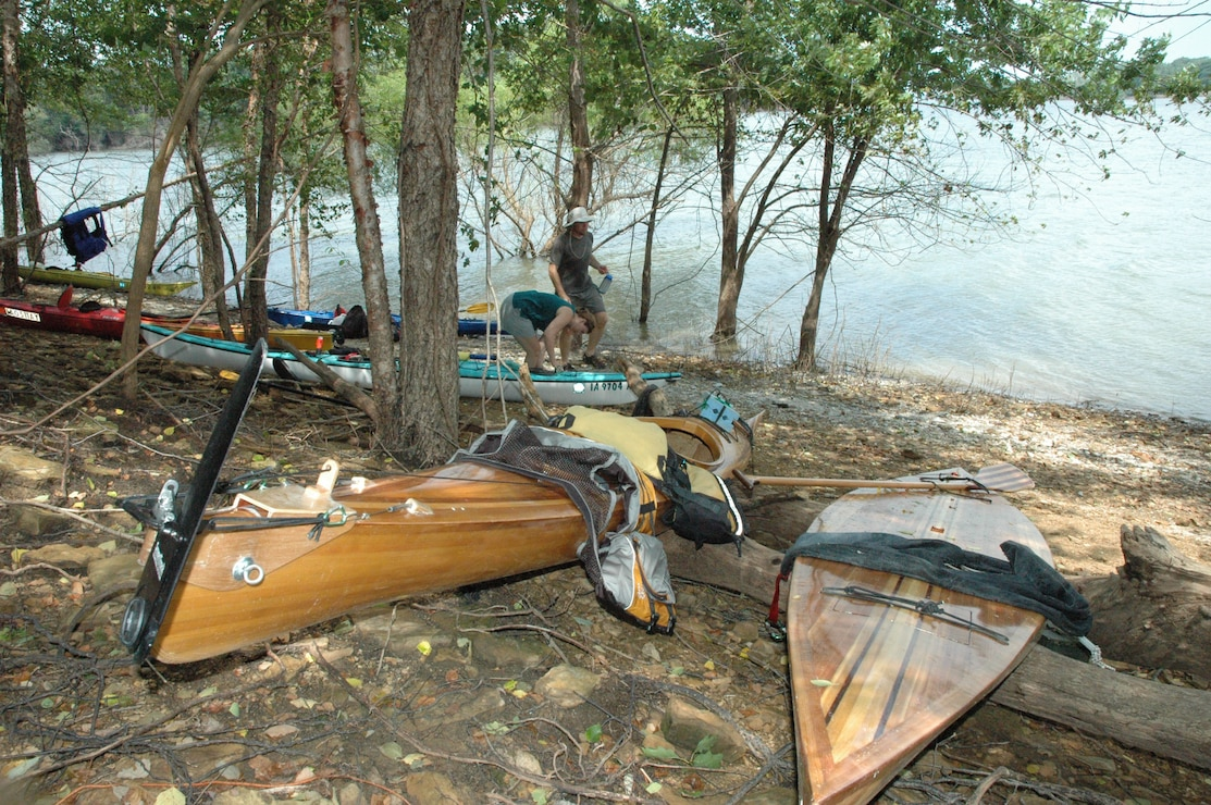 Kayaks on shore at Hickory Ridge