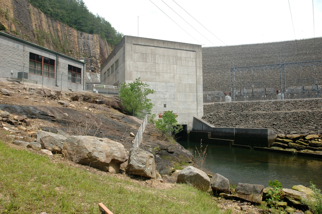 Laurel River Dam