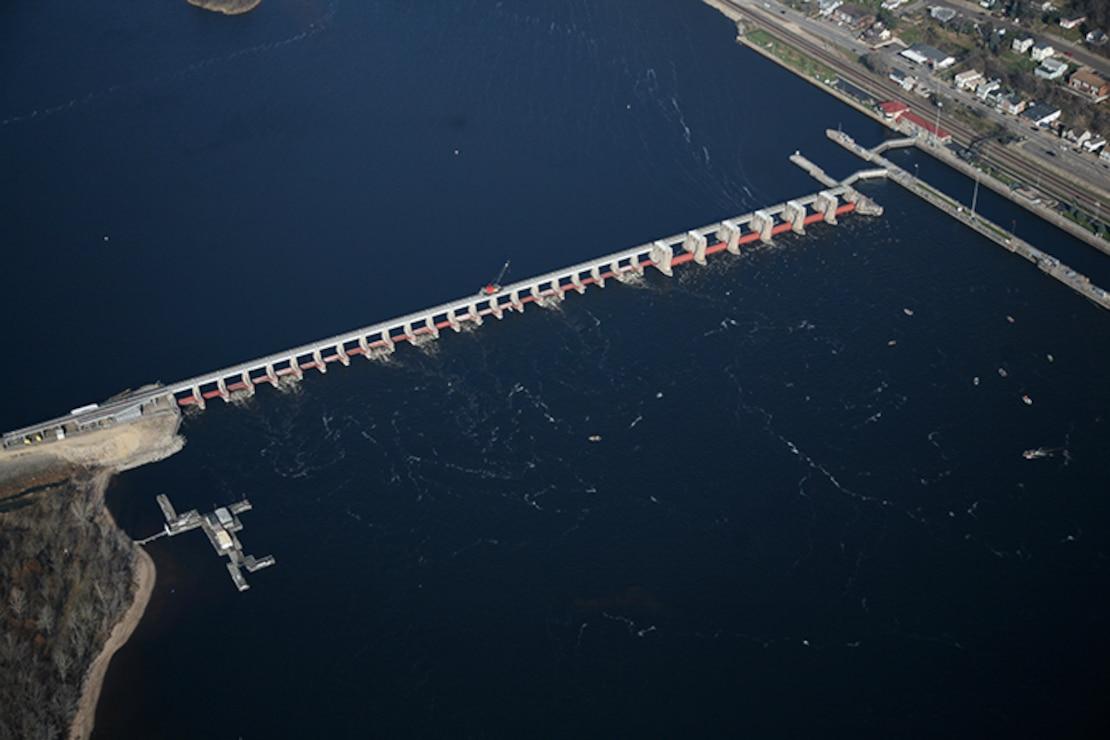 Lock and Dam 4, Alma, Minn. Upper Mississippi River mile 752.8