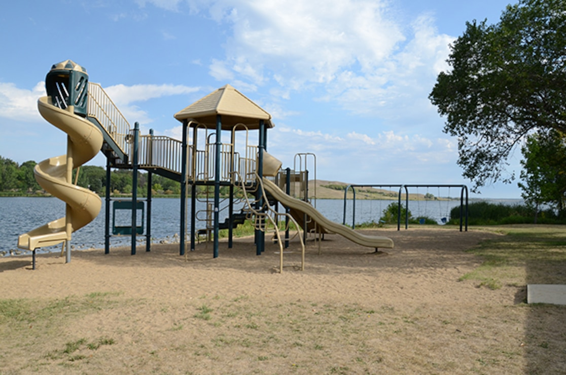 Lake Ashtabula and Baldhill Dam on the Sheyenne River in North Dakota offers plenty of recreation. From camping, to boating, to fishing, to hiking, you're sure to enjoy your time here.