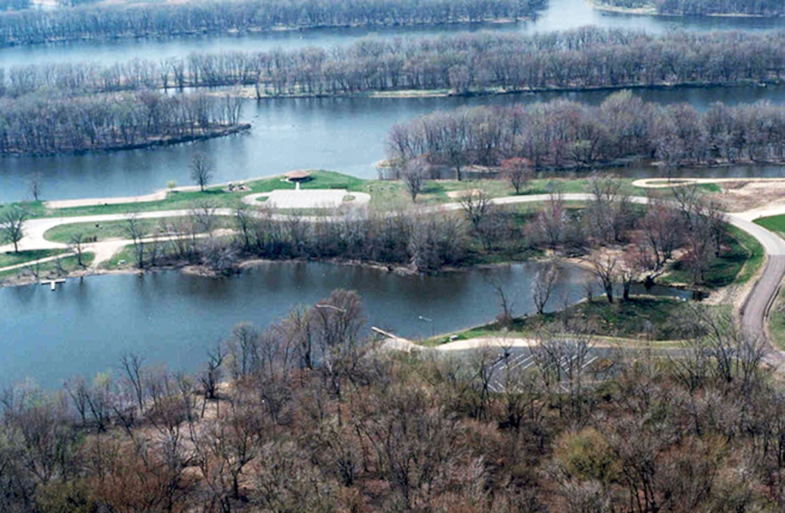 The St. Paul District operates 49 recreation areas, ranging from public landings along the Mississippi River to lock and dam visitor centers to full-service campgrounds. These recreation areas are an important component of the region's tourism industry, and the impact on the local and regional economies is significant.