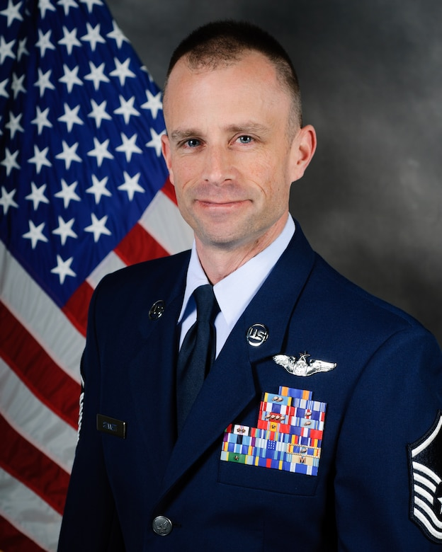 Master Sgt. Clint Stinnett, a loadmaster with the 165th Airlift Squadron, has been named the Kentucky Air National Guard's 2012 Outstanding Airman of the Year in the senior NCO category.  In 2011, Stinnett voluntarily deployed to Afghanistan in support of Operation Enduring Freedom, flying 27 combat missions and five airdrop missions. During one of these flights, Marine Corps Commandant Gen. James F. Amos singled him out for superior professionalism. Stinnett also deployed twice last year in support of Operation Cornet Oak, supporting airlift operations in Central and South America. (U.S. Air Force photo by Master Sgt. Phil Speck)