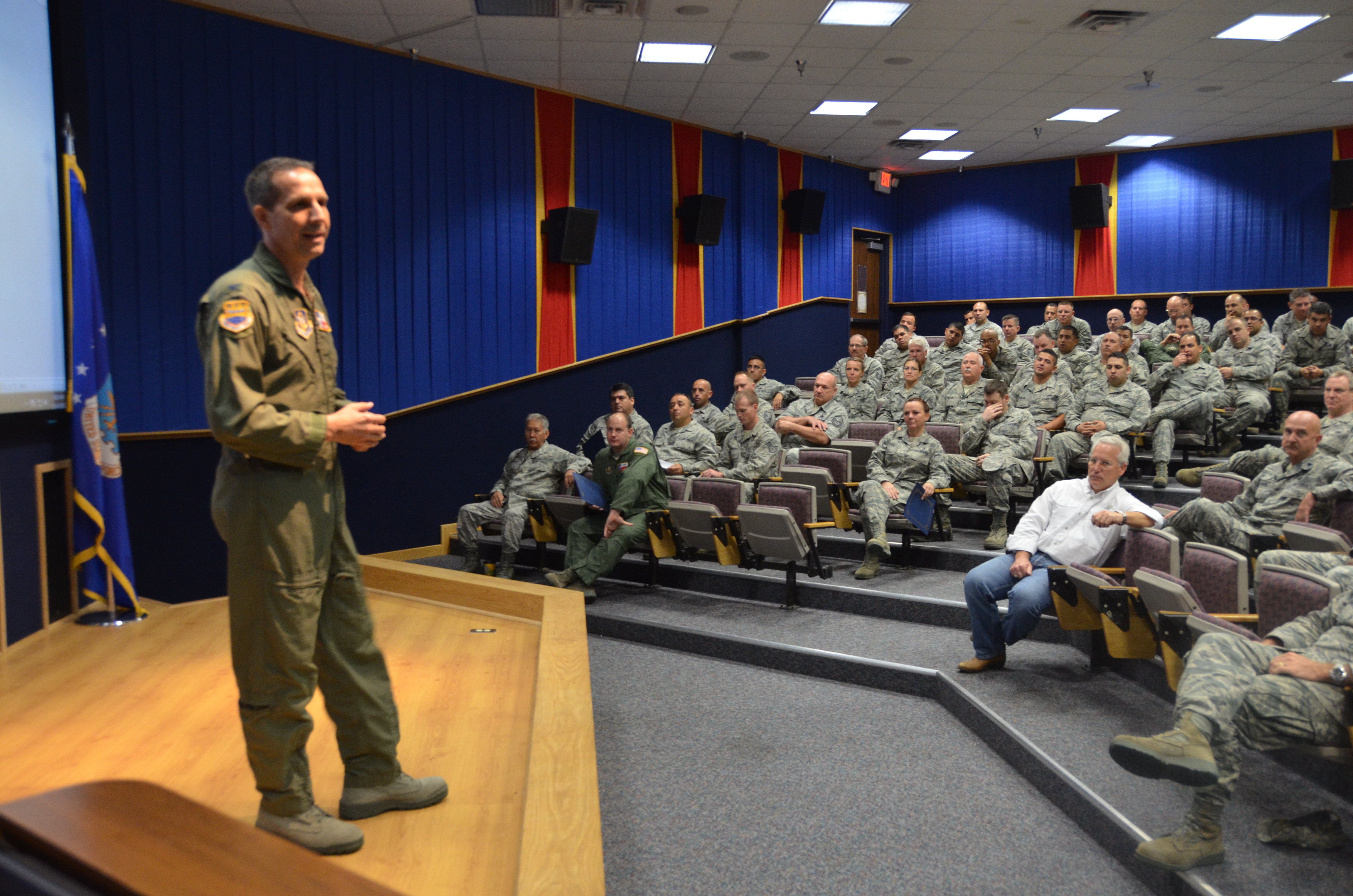 Col  Jeffrey Pennington covered a wide range of topics during his