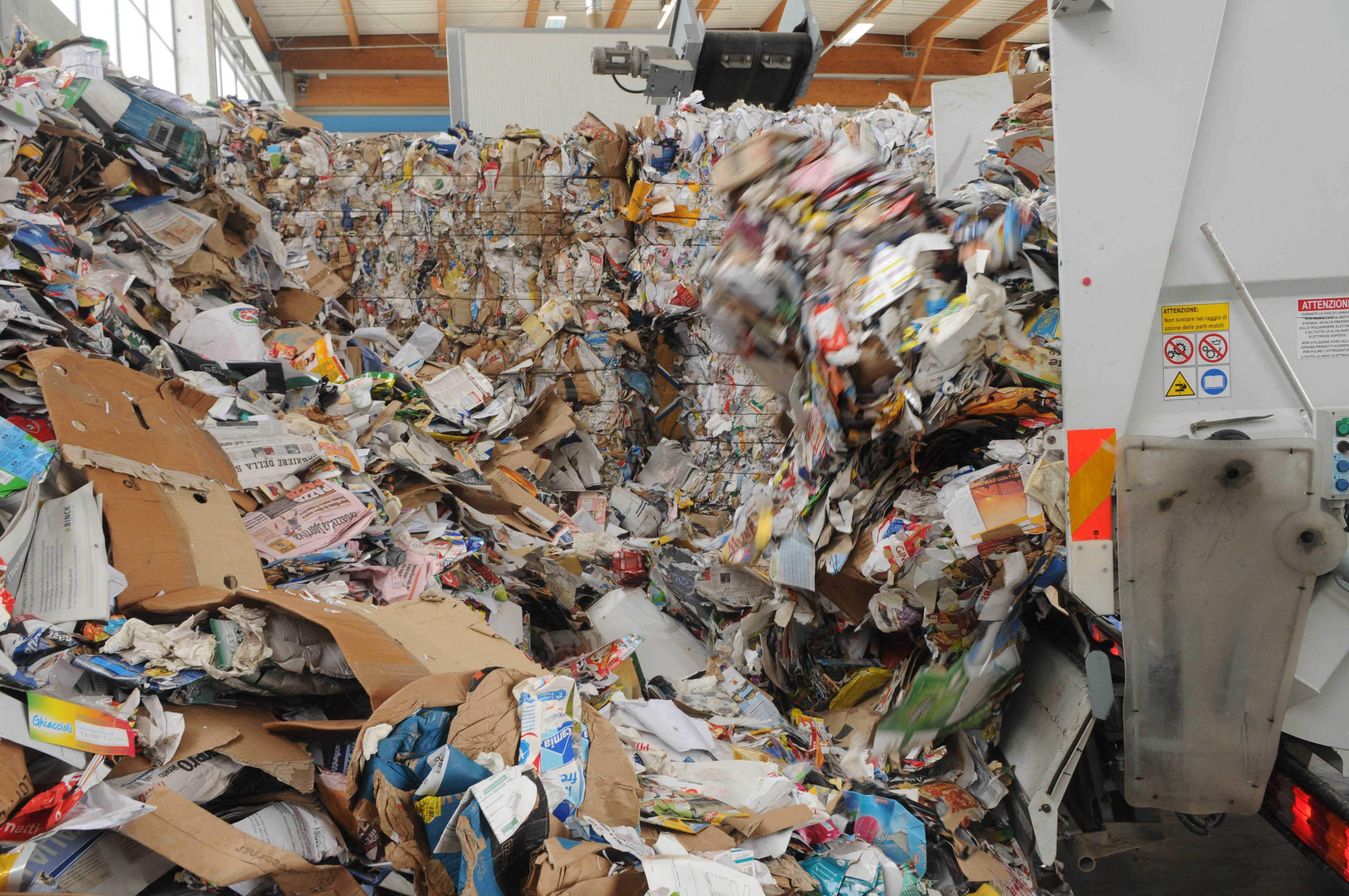 Scope Elettriche Ad Acqua.Learn How Where When To Recycle Aviano Air Base Article Display