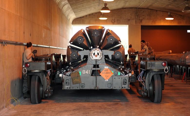 Resultado de imagen para internal Weapons Bay 1760 Upgrade o IWBU