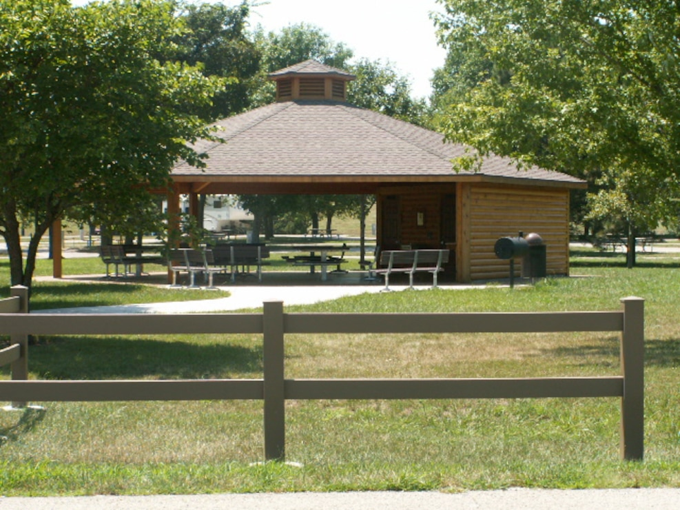 Melvern Lake's Outlet Park Pavilion