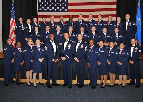 a biography of thomas n barnes a chief master sergeant of the us air force Thomas n barnes essay examples a biography of thomas n barnes a chief master sergeant of the us air force a biography of cmfaf thomas n barnes and his awards.