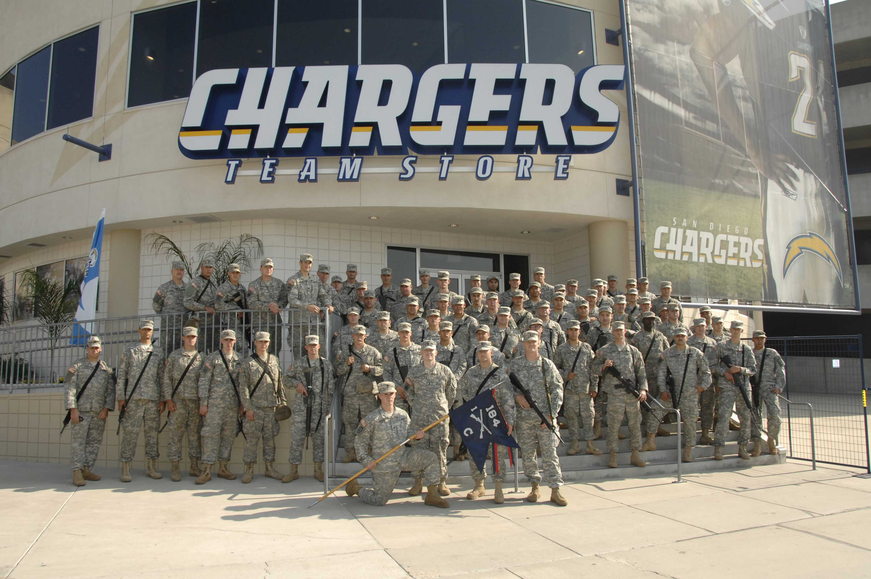 Soldiers Wrap Up At Qualcomm Chargers Stadium Gt National