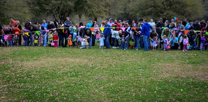 Parents and children line up for the Egg Hunt during the annual Easter Event March 30, 2013, at Marrington Plantation on Joint Base Charleston – Weapons Station, S.C. More than 500 participants attended this year's event, according to Robert Veronee, JB Charleston – Weapons Station Youth Center coordinator. (U.S. Air Force photo/Staff Sgt. Anthony Hyatt)