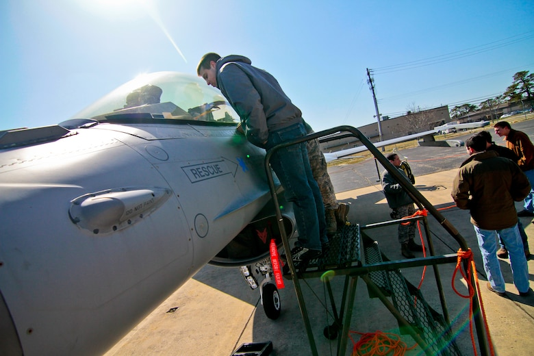 Aeronautical engineering students from Lehigh University get a close up look at a 177th Fighter Wing F-16C Fighting Falcon during a base tour on April 3, 2013. (New Jersey Air National Guard photo by Tech. Sgt. Matt Hecht/Released)