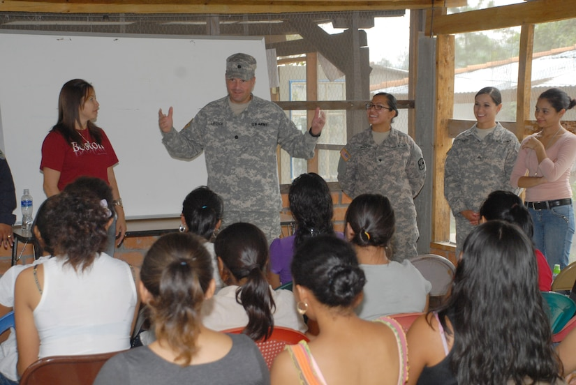 U.S. Army Lt. Col. Jay Liddick, Army Forces Battalion commander, speaks to the students attending the Arts for Humanity Leadership Center as part of Joint Task Force-Bravo's commitment to building partner capacity. The leadership center is designed to empower women to be leaders and entrepreneurs in their communities. (Air Force photo by Maj. Angelic Dolan)