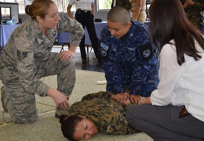 Women From The New Hampshire National Guard And Salvadoran