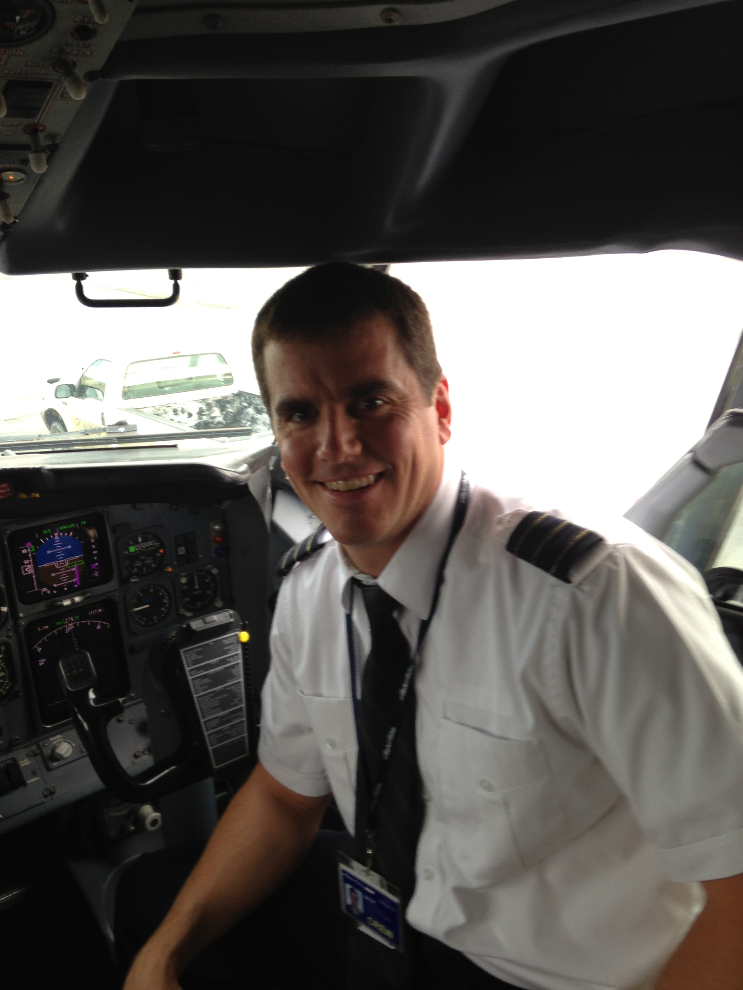 Reservist Balances Airline Career F 22 Flying Gt Air Force