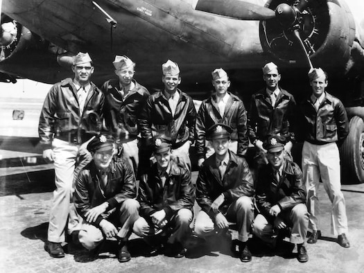 A 91st Bomb Wing aircrew poses for a picture near their B-17 Flying Fortress. Minot resident Leo Makelky (back row, third from left) served as a ball turret gunner for the crew, which completed 35 successful missions in Europe during World War II. (Courtesy photo)